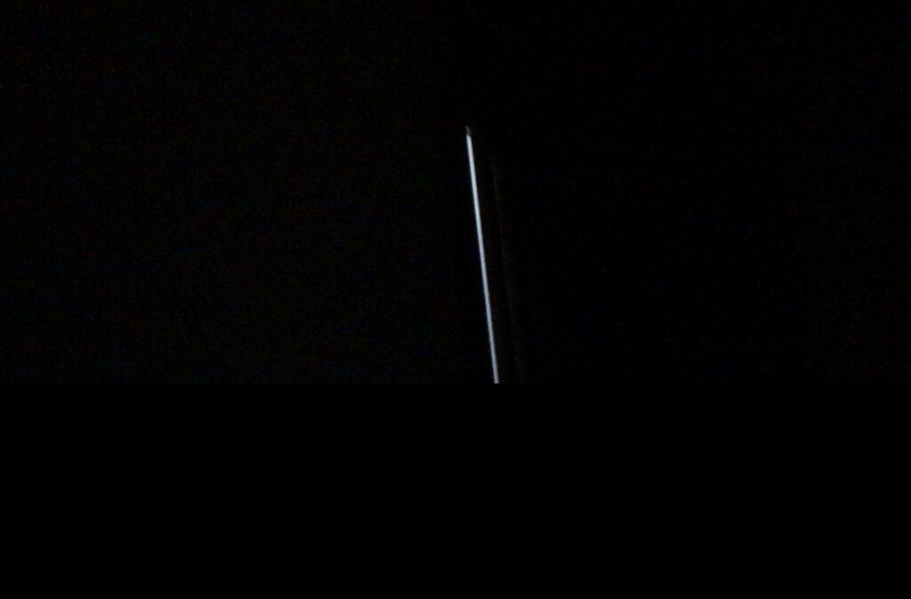室内のどこにでも取り付け可能 人感センサー付きライト