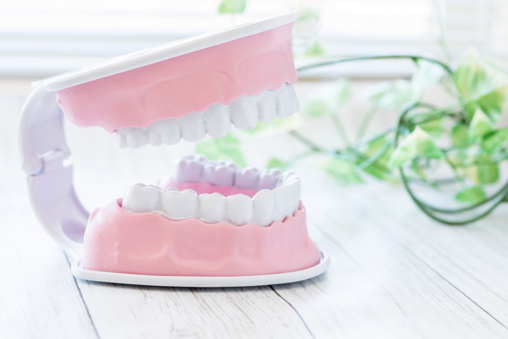 歯茎にニキビができた?
