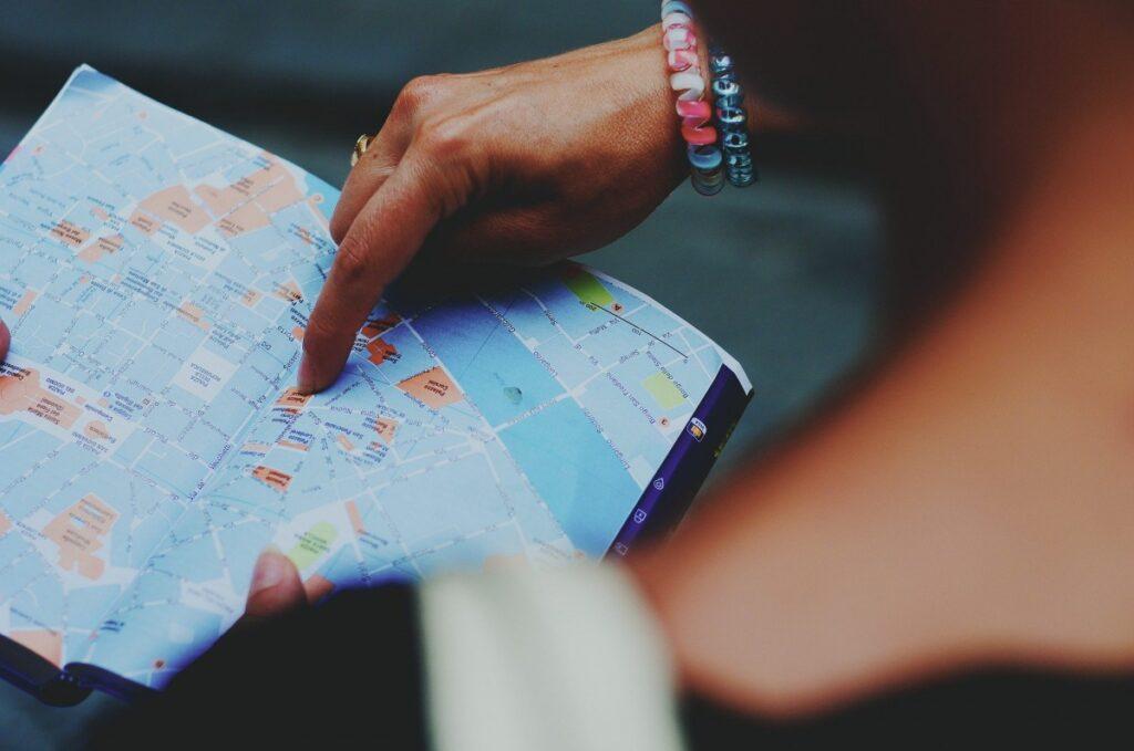 運勢の流れを変える11月の吉方位旅行【どこへ旅行に行こう?】